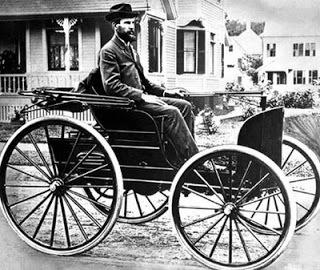Charles Duryea driving
