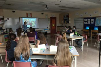 Lindsey presents to student writers