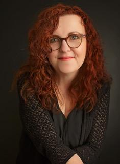 Wendy McLeod MacKnight, author